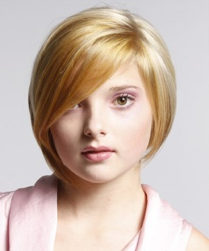 what hairstyle looks good on a round face : 50 Super Cute Looks With Short Hairstyles For Round Faces