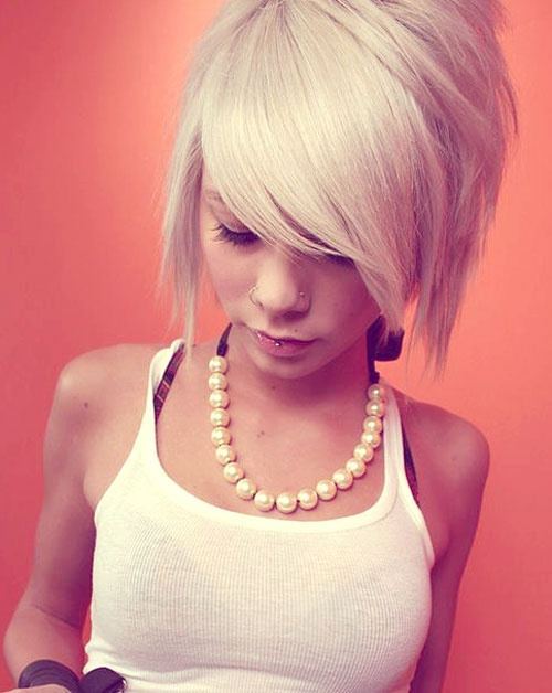 cropped edgy bob haircut