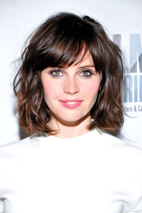 35 Side-Swept Bangs to Sweep You off Your Feet