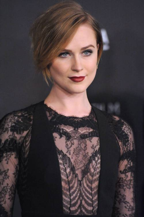 Evan Rachel Wood bob hairstyle idea for St Valentines Day