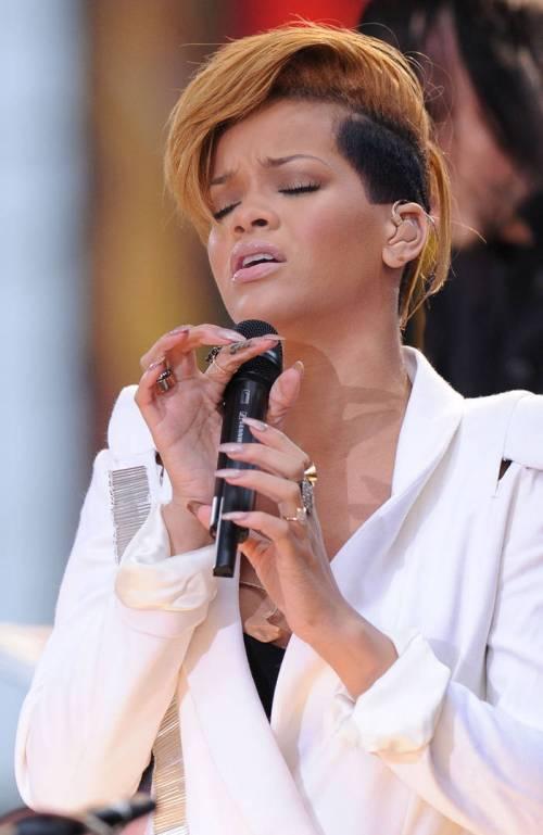 Rihanna short haircut with undercut