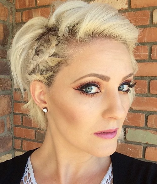 short blonde hairstyle with side braids
