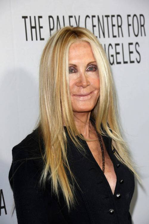 Long Hairstyles for Women Over 60 Years Old