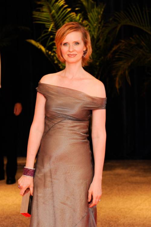 Cynthia Nixon red bob hairstyle
