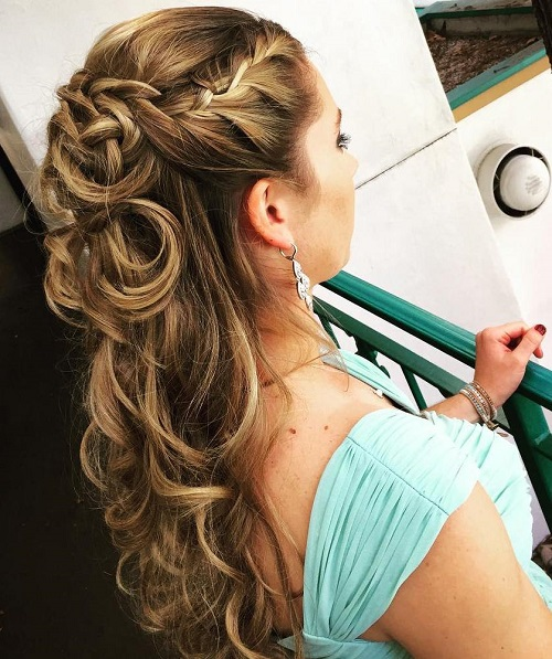 wedding curly half up hairstyle