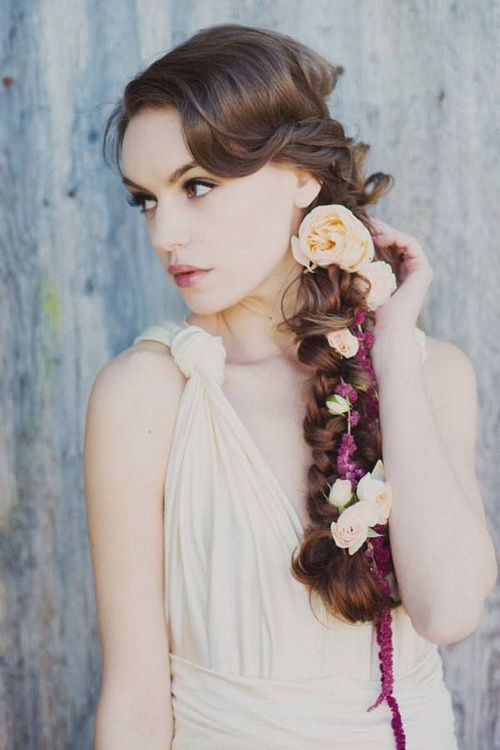 side braided hairstyle for bridesmaids