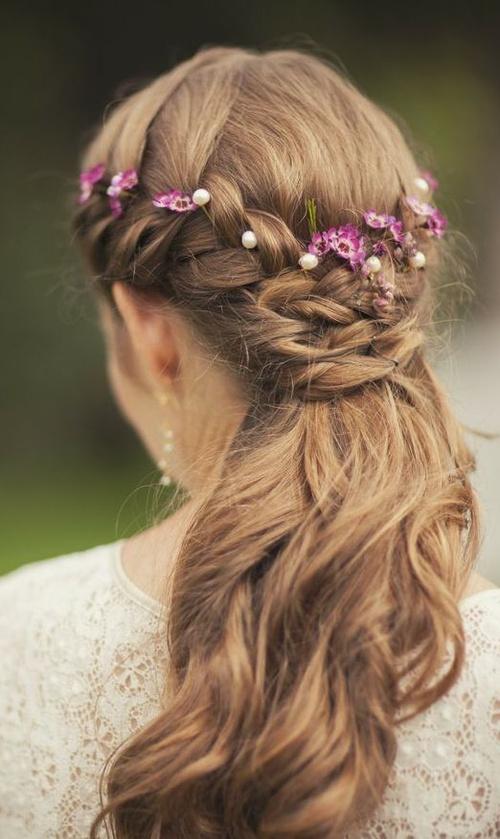 natural half up half down bridal hairstyle