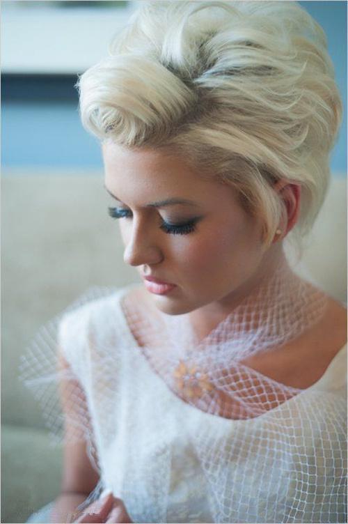 short blonde bridal hairstyle