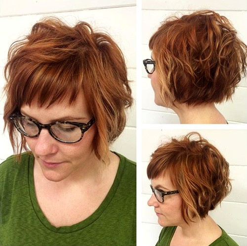 short messy wavy bob with bangs