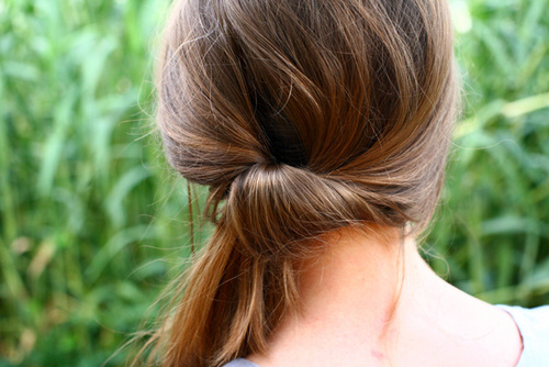 quick side ponyrail updo