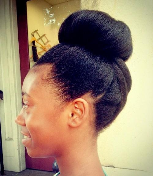 top bun for natural hair