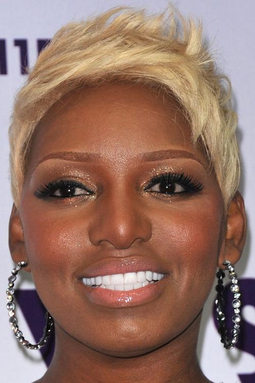 blonde pixie for black women