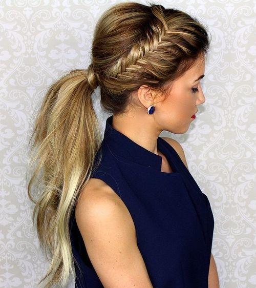 super-simple messy ponytail