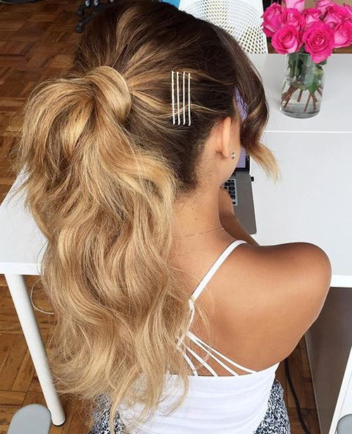 curly pony for ombre hair