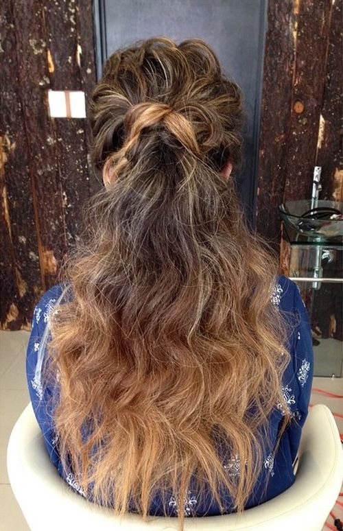 curly long ponytail for ombre hair
