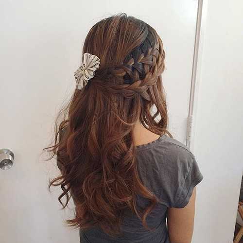 two braids half up hairstyle
