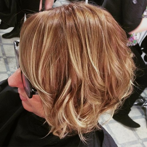 short caramel hair with blonde babylights