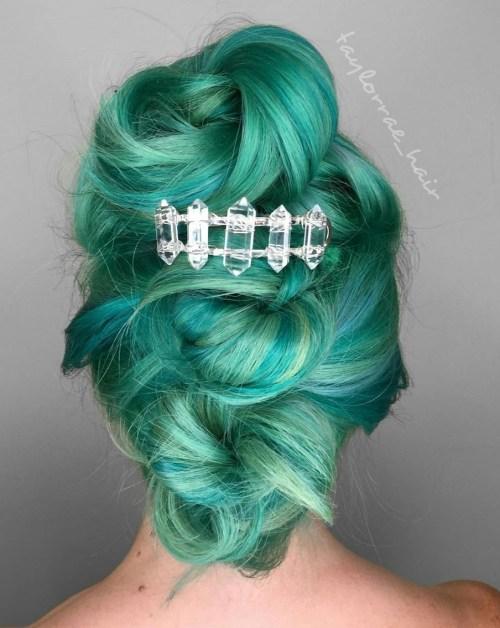 turquoise pastel hair