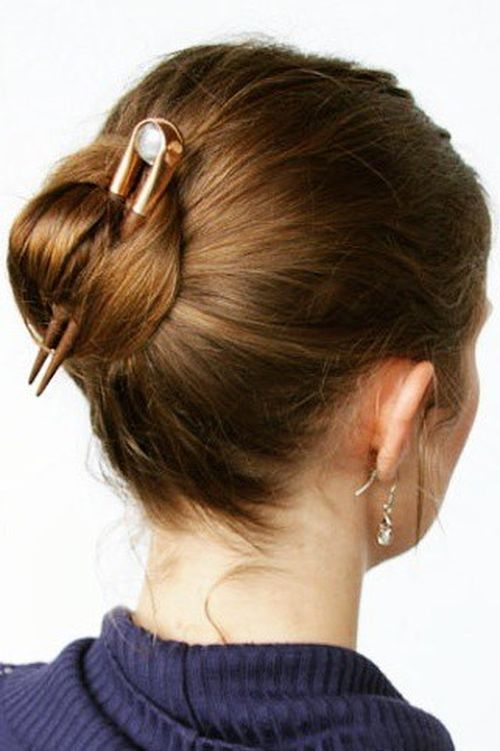 quick and easy short hair buns