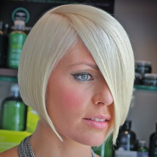 Sleek Chin-Length Blonde Bob
