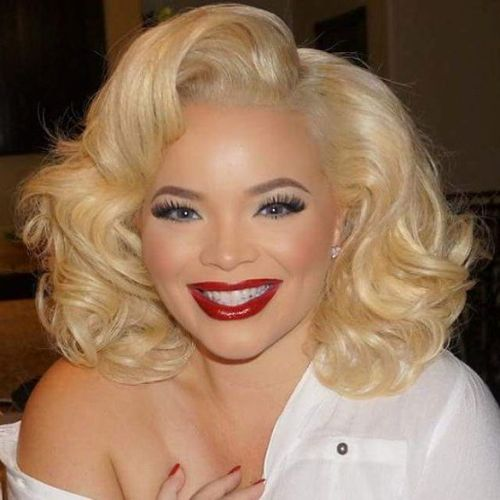 Marilyn Monroe Inspired Curly Bob