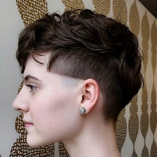 Women's Undercut For Wavy Hair