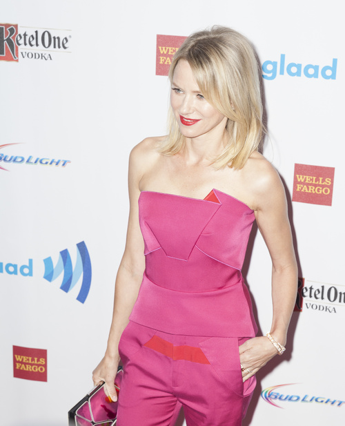 Naomi Watts lob for girls