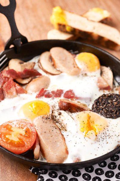 south belfast breakfast birdcage fr-omelette
