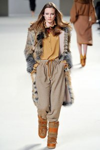 TOP FALL 2010 TRENDS:  #3 FOX FUR   The Sche Report / Margaret Sche