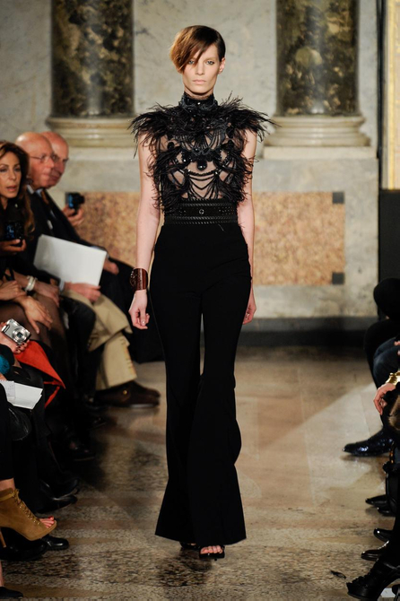13 1285186443 MILAN FASHION:  D&G open SPIGA2 as a way to showcase emerging Designers   The Sche Report / Margaret Sche