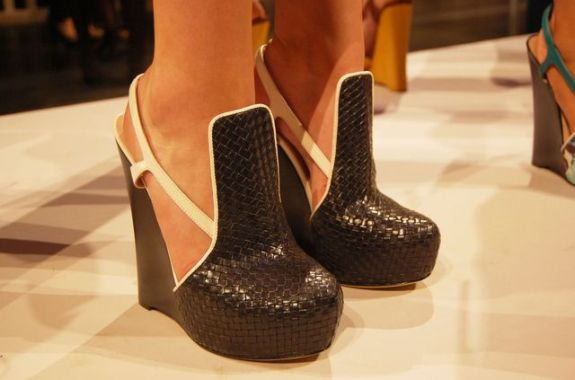 6a00e5508e95a988330133f433e7f6970b 640wi SPRING 2011 SHOE COLLABORATIONS TO COVET   The Sche Report / Margaret Sche