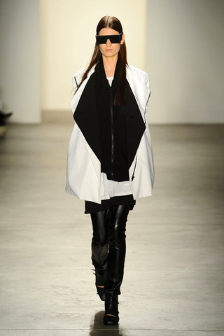 rad runway 1 Simply RAD  RAD HOURANIS SPRING/SUMMER 2011 COLLECTION   The Sche Report / Margaret Sche