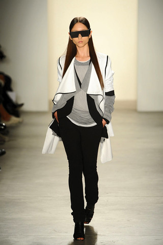 rad runway 3 Simply RAD  RAD HOURANIS SPRING/SUMMER 2011 COLLECTION   The Sche Report / Margaret Sche
