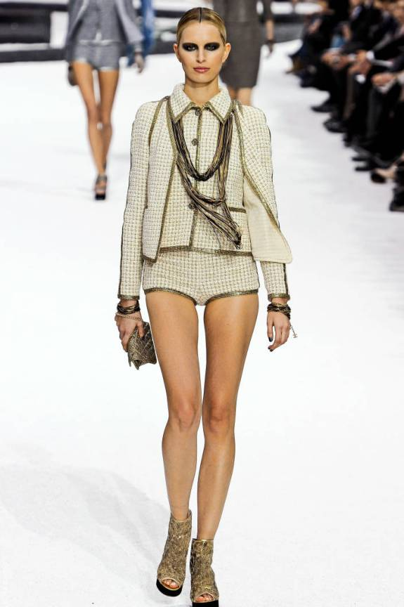 cha ps11 043 TOP 5 PICKS SPRING/SUMMER 2011:  PARIS   The Sche Report / Margaret Sche