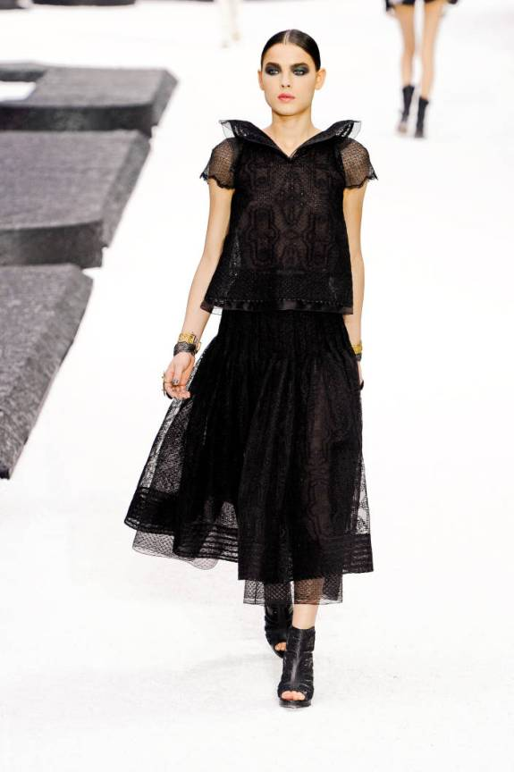 cha ps11 149 TOP 5 PICKS SPRING/SUMMER 2011:  PARIS   The Sche Report / Margaret Sche
