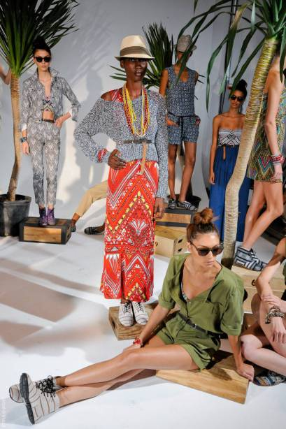 GLOBAL INFLUENCE:  Artist MOUNIR FATMI connects Fashion & Art in 2011   The Sche Report / Margaret Sche