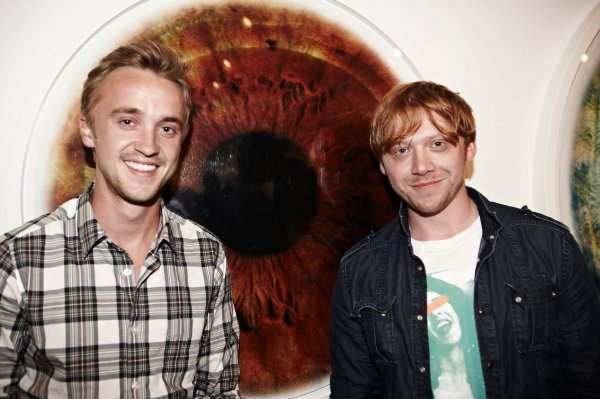 tom felton rupert grint RANKINS EYE OPENING EYESCAPE GALLERY OPENING   The Sche Report / Margaret Sche