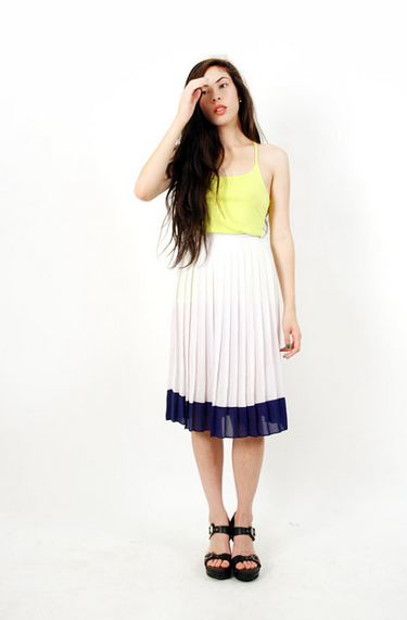 etsy pleated skirt 2jpg1 S/S 2012 TREND ALERT: PRETTY PLEATS   The Sche Report / Margaret Sche
