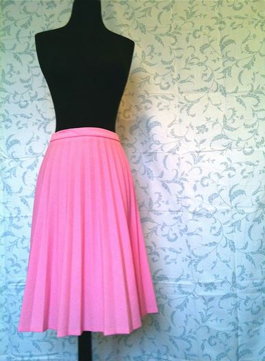 etsy pleated skirt 3 S/S 2012 TREND ALERT: PRETTY PLEATS   The Sche Report / Margaret Sche