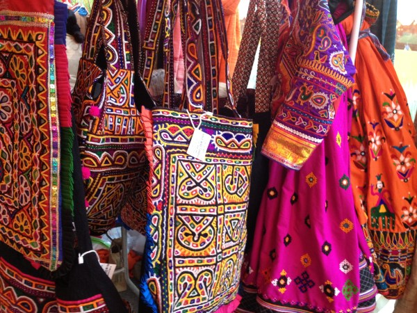 img 4253 SANTA FE FOLK ART FESTIVAL PART 4: THE COLORS OF SANTA FE   The Sche Report / Margaret Sche
