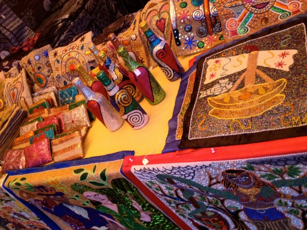 img 4302 SANTA FE FOLK ART FESTIVAL PART 4: THE COLORS OF SANTA FE   The Sche Report / Margaret Sche