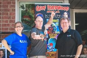 Comic book artist Geof Isherwood at Fantasy Realm
