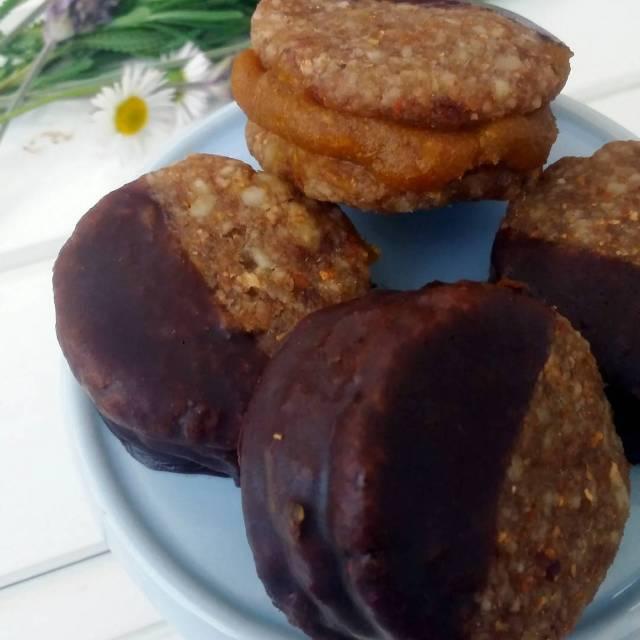 Ya est en wwwthesimplelifecl la receta de estos deliciosos Alfajoreshellip