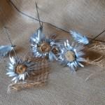 Flores de hojalata Primula Kardinsky realizadas en aluminio reciclado