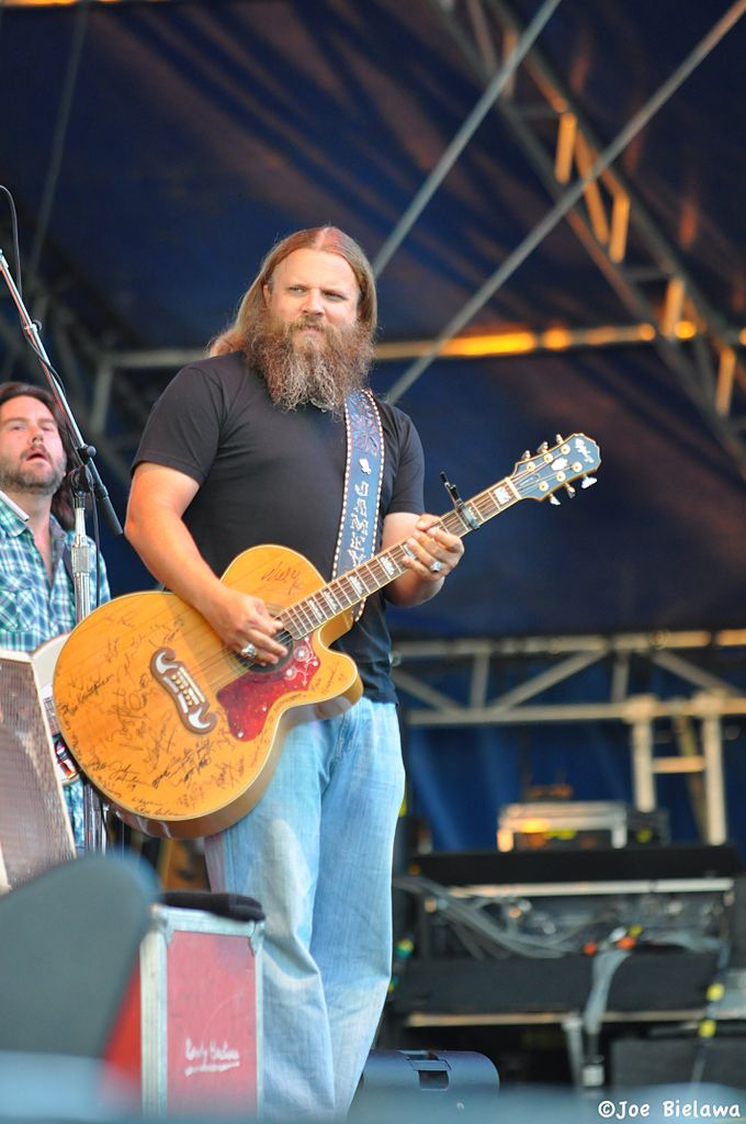 Honest country music can still be found – The Snapper: Millersville ...