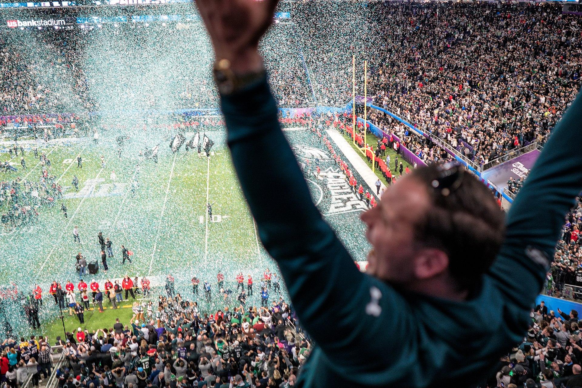 Patriots' defense can't stop Eagles