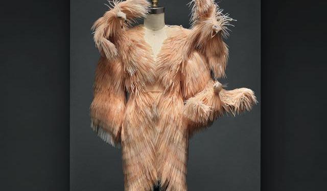 Manus x Machina Fashion in an Age of Technology