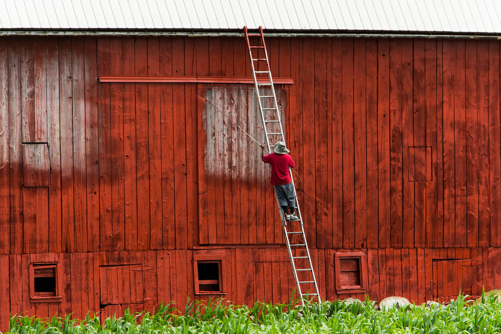paint-the-barn-red