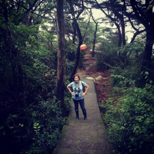 August On The Go: Pregnant and Hiking