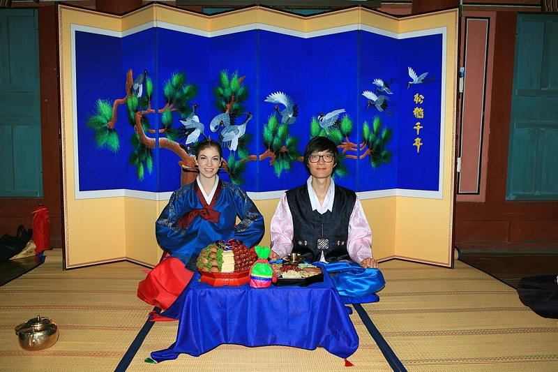 Korean Traditional Wedding: American wife & Korean husband in traditional Korean Hanboks